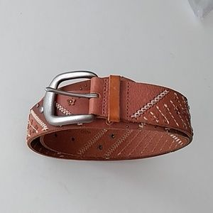 Fossil Groovy Leather Belt